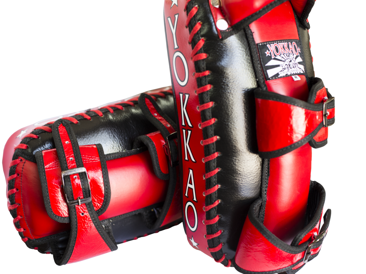 Yokkao-Thai-Pads-W-Buckle-Red-Black