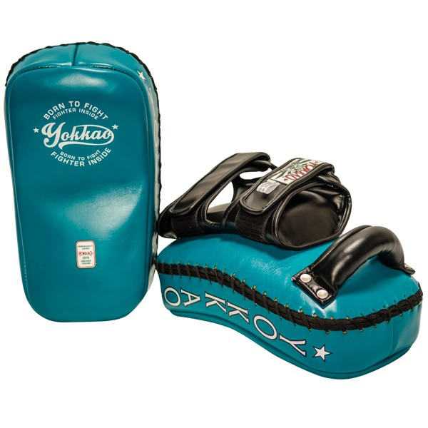 yokkao-curved-vintage-blue-kicking-pad-552230